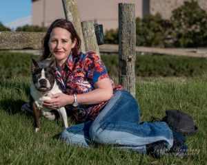 woman-with-French-Bulldog-1